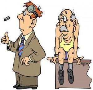 gammel mann hos legen